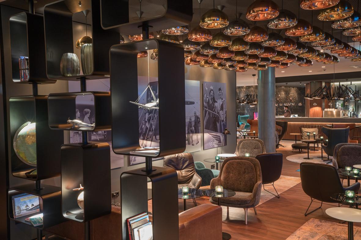 motel one hotel hamburg airport kamper handwerk bau. Black Bedroom Furniture Sets. Home Design Ideas